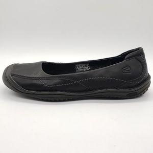 Keen slip on black leather ballet flats 53010